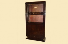 Display Cabinet In Glass