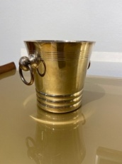 Icecube bucket with ring handles